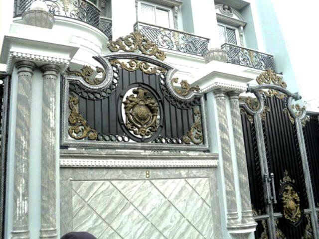 Pagar Tralis Rumah Model Pagar Besi Tempa Klasik Pintu Besi Rumah