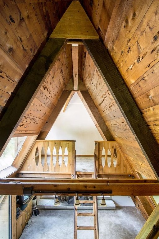 04-Architecture-with-the-Tiny-A-Frame-House-www-designstack-co