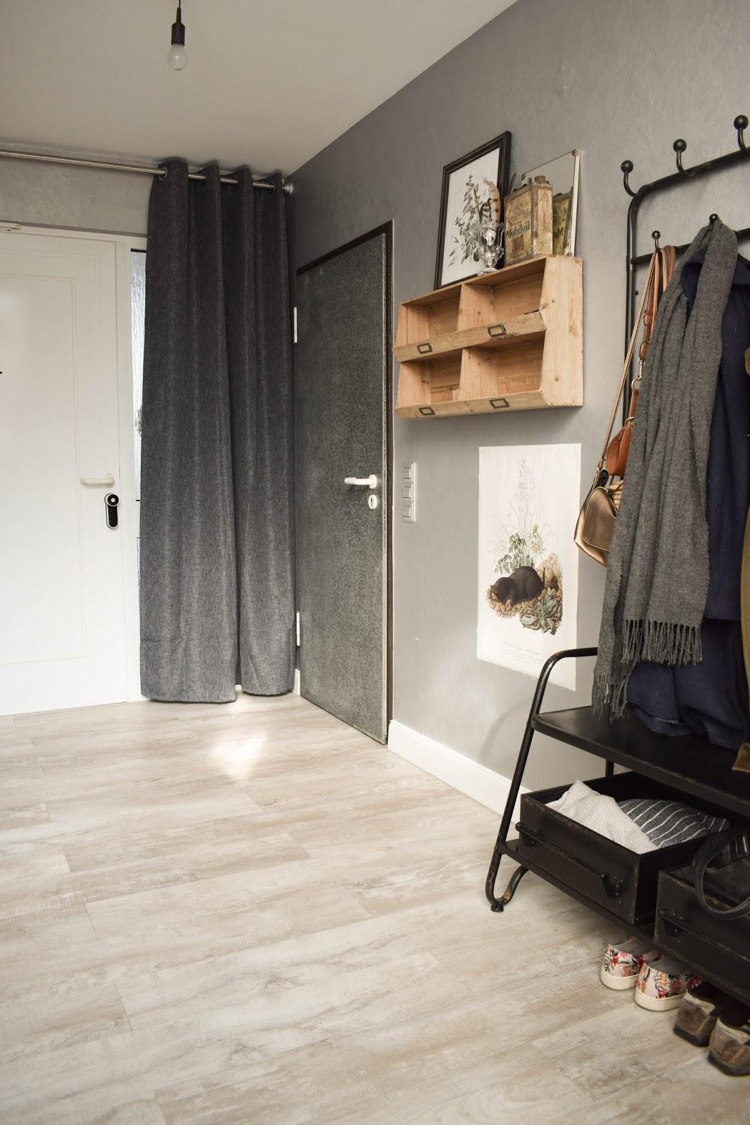 Yale Entr Smartlock: smartes Türschloss für Haustüre. Schliesssystem und intelligente Schliessloesung. Smart Home Ideen. Renovierung Tür, Eingang, Diele Garderobe
