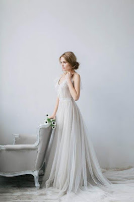 https://www.angrila.com/collections/evening-dresses/products/v-neck-tulle-illusion-prom-dresses-with-pleats