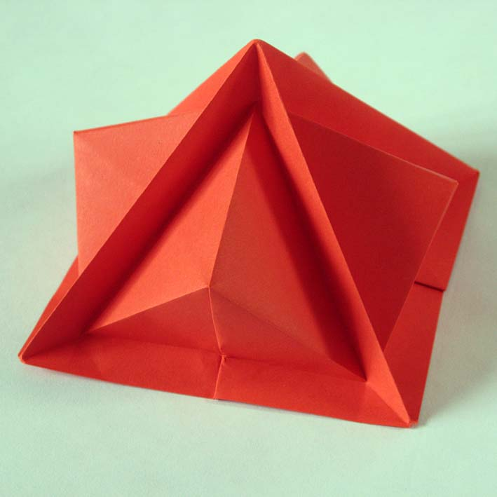 Origami Piramide terza - Third pyramid by Francesco Guarnieri