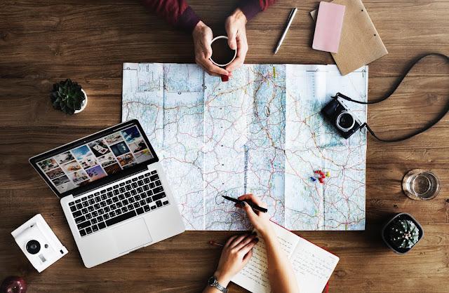 Jak zaplanować swój pierwszy wyjazd bez biura podróży?