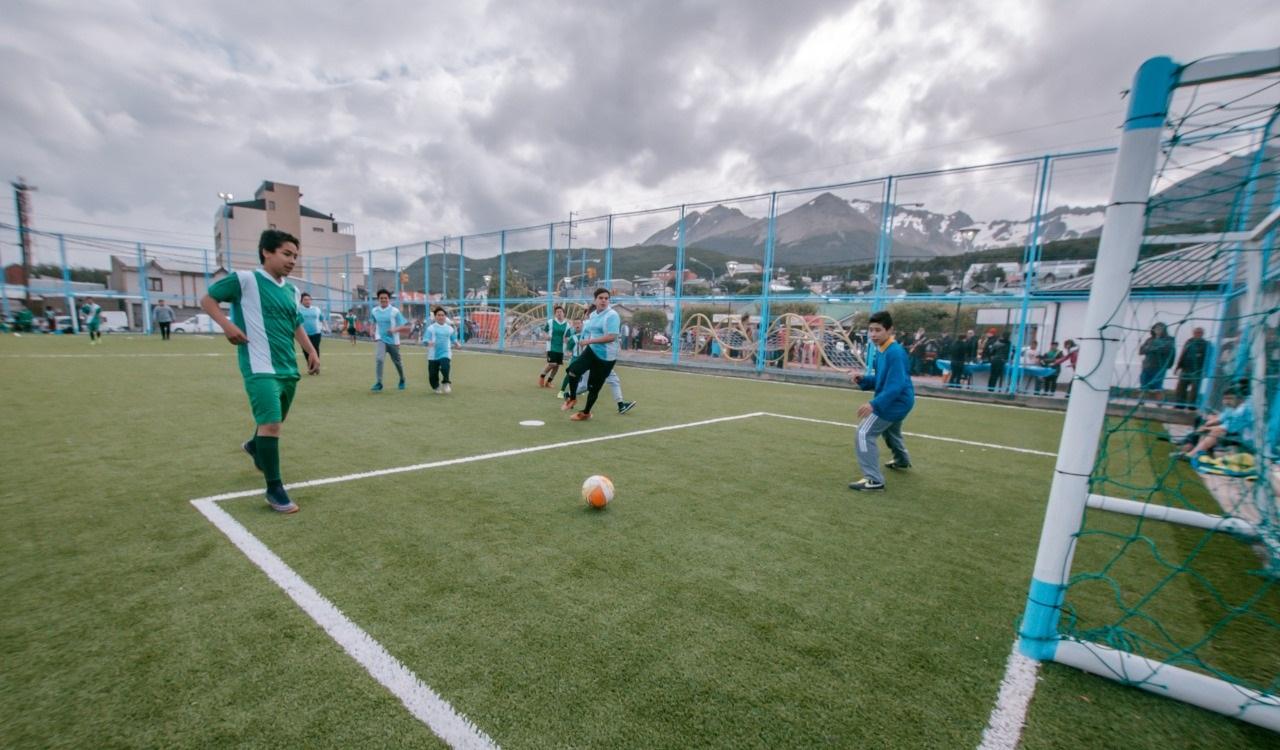 Ushuaia el s bado 24 comienza la 1 liga municipal de for Liga municipal marca