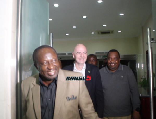 Hatimaye Rais wa FIFA Atua Bongo Alfajiri ya Leo