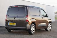 Vauxhall Combo Panel Van (2019) Rear Side