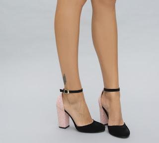 Sandale negre cu toc roz inalt si gros