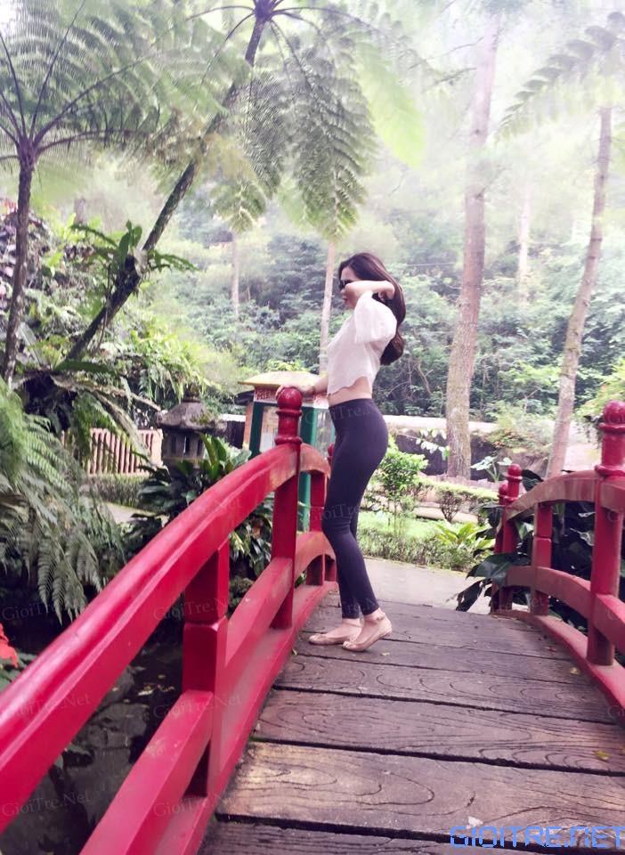 Kim Trang: Cong như con ong