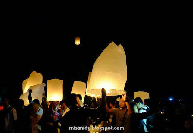 festival lampion di borobudur