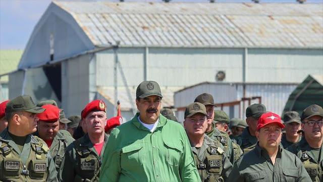"""Venezuela ve """"robo"""" de recursos parte del plan golpista de EEUU"""