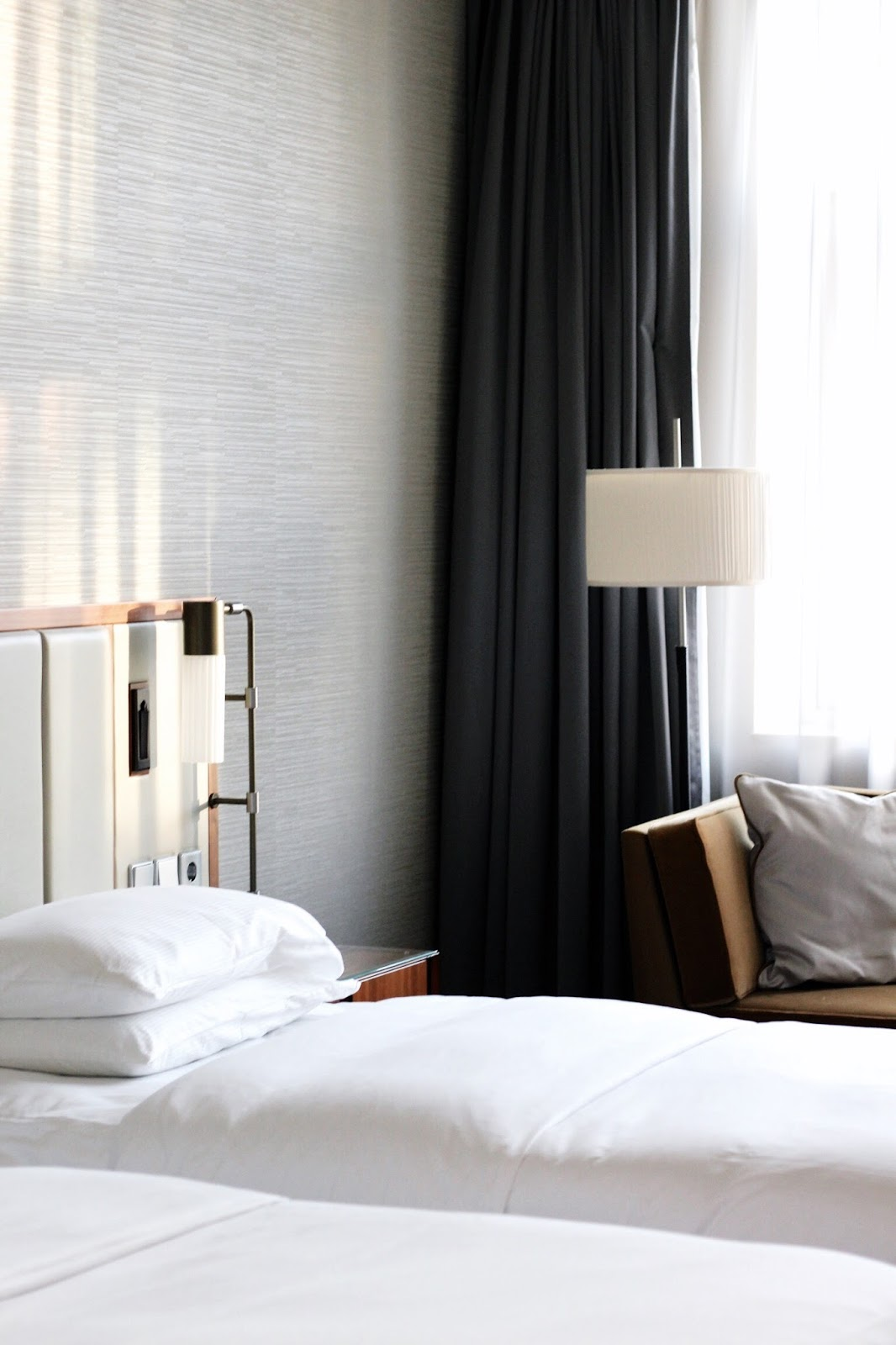 Modern bedrooms Hilton Cologne Hotel in Germany