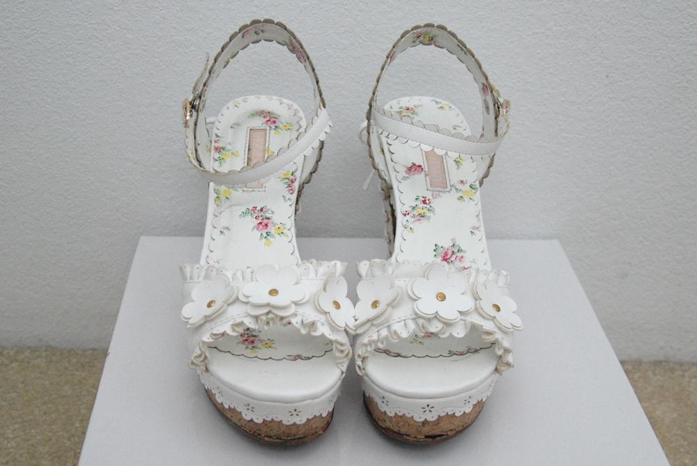 Emiiichan blog japan trip summer 2014 part 2 liz lisa lace up back flower wedge sandals in white mightylinksfo