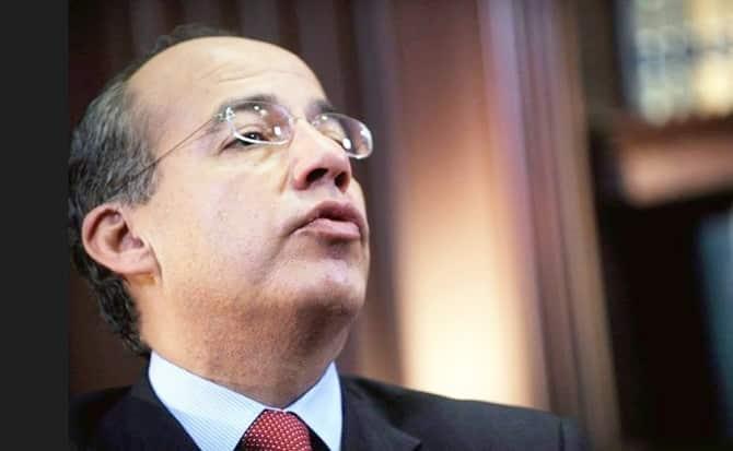 Felipe Calderón, tomado, alcohólico