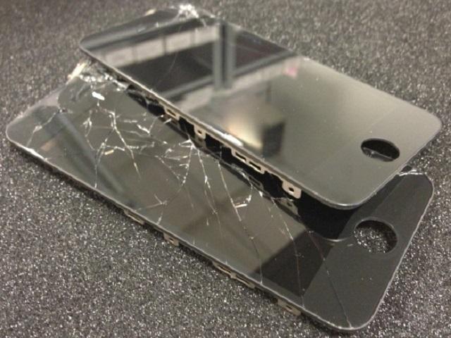 thay mat kinh iphone 5 5s 1