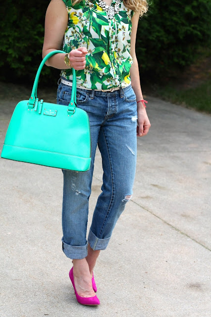 tropical prints top, Loft boyfriend jeans, pinks heels, mint kate spade bag