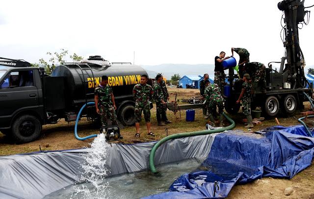 TNI Lakukan Pencarian Titik Mata Air di Petobo Palu