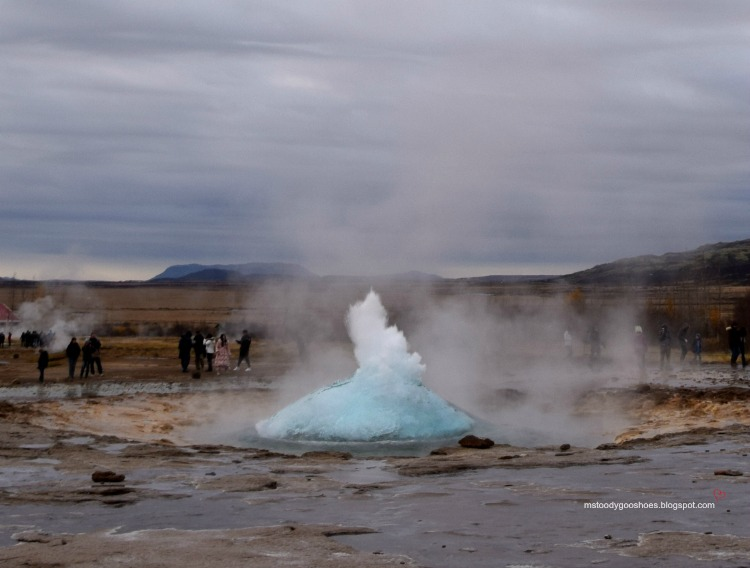 FOUR DAYS IN ICELAND - DAY 2: THE GOLDEN CIRCLE | Ms. Toody Goo Shoes