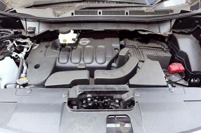 Foto Mesin Nissan Elgrand E52 2.5 Liter
