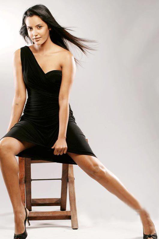Actress Priya Anand hot photos stills Gallery ~ Beautiful ...