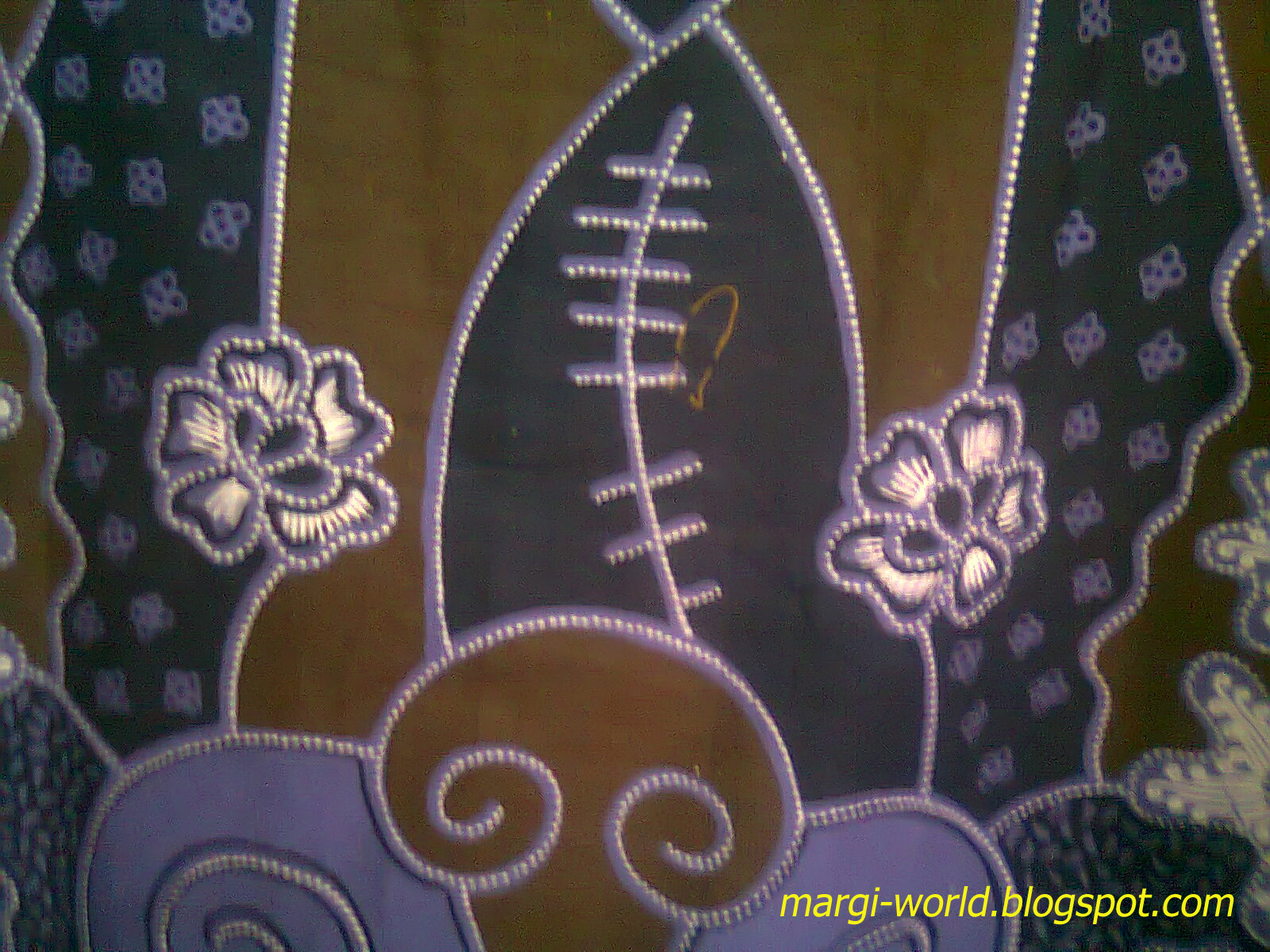 Contoh Nuansa Batik Pekalongan Dengan Desain Sederhana