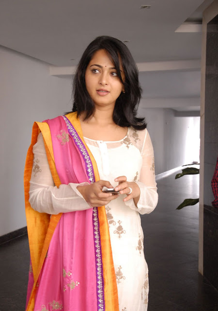 Anushka Shetty in Churidar Suit ~  Exclusive (2).jpg