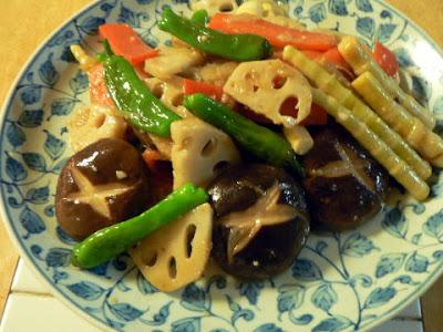 ごま油とニンニク醤油の野菜炒め