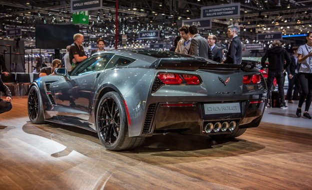 The New 2017 Chevrolet Corvette Grand Sport 3 6 Seconds And Quarter Mile Capability Of 11 8 At 118 Mph