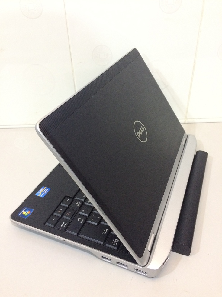 Laptop Dell Latitude E6220 Cũ