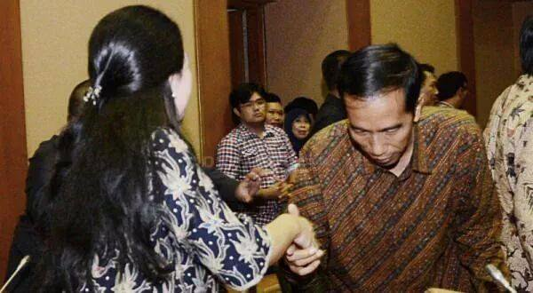 """Jokowi tak Copot Menteri yang 'Nyaleg', Revolusi Mental Tinggal Senandung"""