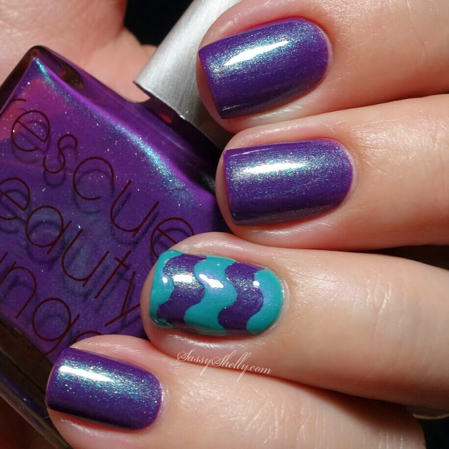 Rescue Beauty Lounge Scrangie With An Aqua Lily Accent