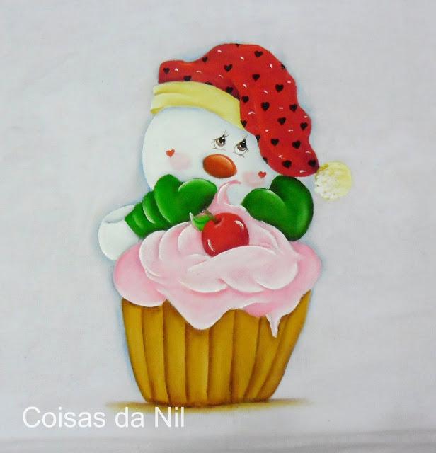 pintura de natal com boneco de neve e cupcake