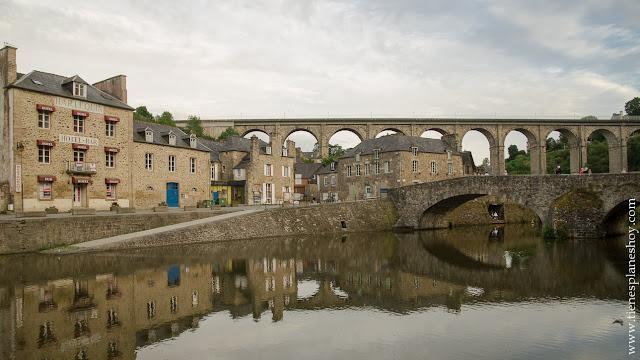 Dinan Puerto viaducto viaje Bretaña Francia