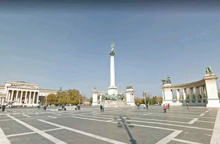 Hősök tere is one of the major squares noted for its iconic statue complex