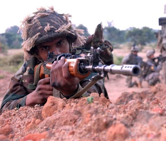 Indian army man with gun images wallpapers
