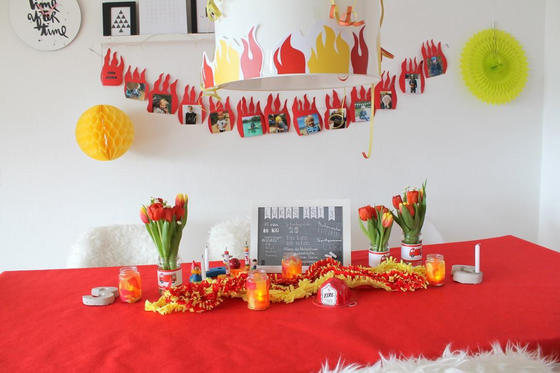 Feuerwehr Geburtstag Kindergeburtstag Feuerwehrmann Sam Jules Kleines  Freudenhaus Tischdeko
