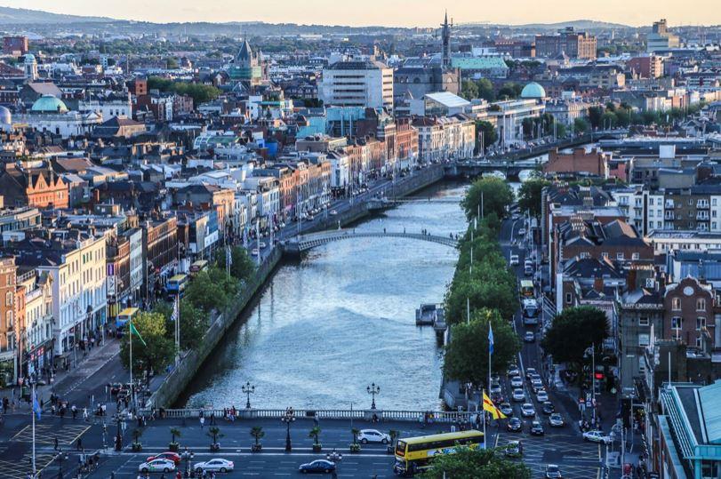 Nopeus vuodelta yli 40 Dublin