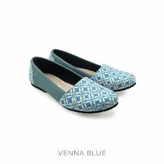 VENNA BLUE THE WARNA