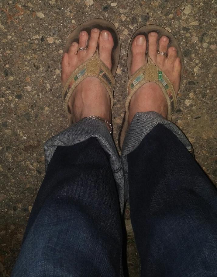 The Wizard Is Wearing Flip flops In November!