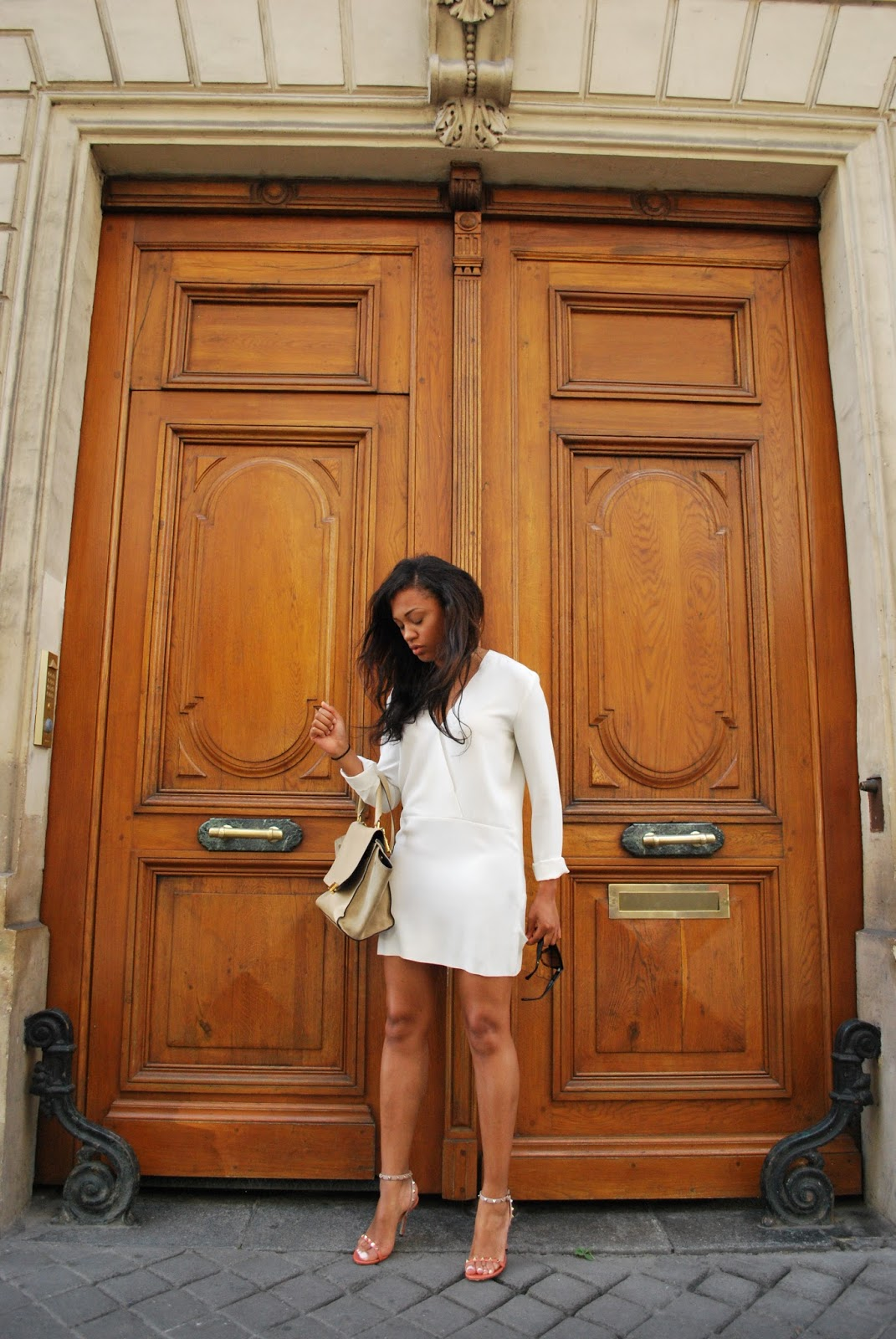 IRO: The White Dress / La Robe Blanche