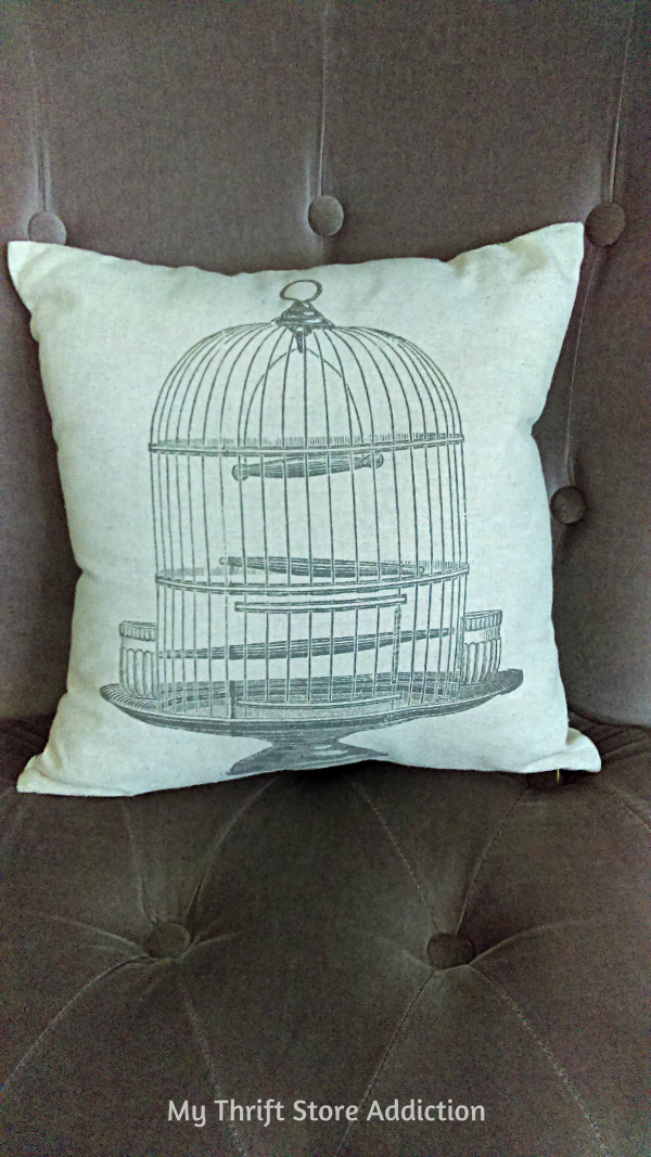 Friday's Find #142 mythriftstoreaddiction.blogspot.com Fabulous finds of the week--love this bird cage pillow!