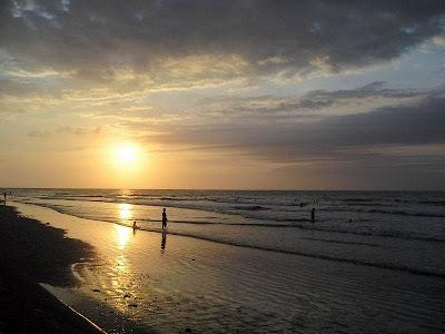Pantai Kuta Sunset