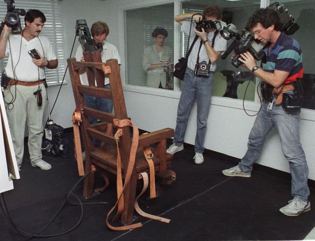 Death Row Inmate Requests Electric Chair Florida Law May