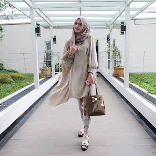 tips cara fotografi foto pose ootd outfit if the day selebgram instagram artis selebriti ig ngehits kece kekinian spot hunting fotografer model keren terkenal populer endorse produk bagus cantik fashion beauty blogger vlogger indonesia hijabers modis cakep