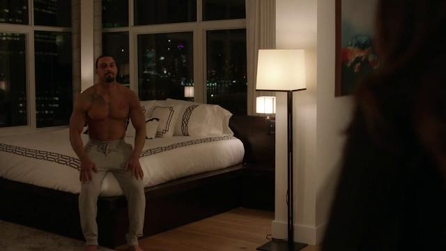 Shirtless Men On The Blog: Omari Hardwick Shirtless