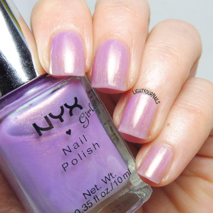 #smalto rosa Nyx Girls NGP239 Golden Lavender pink nail polish #nyx #nyxgirls #nyxcosmetics #nails #lightyournails