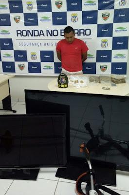 POLICIAIS DO 5° BPM/ COARI, APREENDEM APROXIMADAMENTE 04 (quatro) KG DE MACONHA DO TIPO SKUNK E 450 GRAMAS DE PASTA BASE