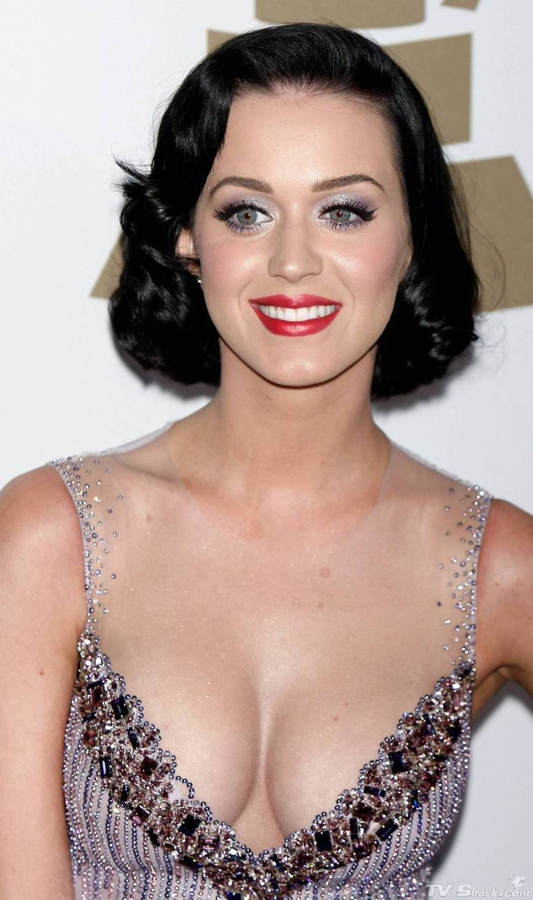 Katy Perry: Celebrities Cleavage Pics: Katy Perry Cleavage Pics
