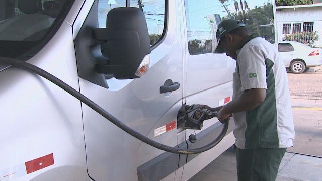 Petrobras corta preço da gasolina em 2% a partir desta terça-feira