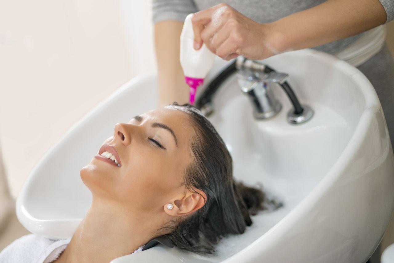 Saiba tudo sobre cauterização capilar e os benefícios do processo para o seu cabelo!