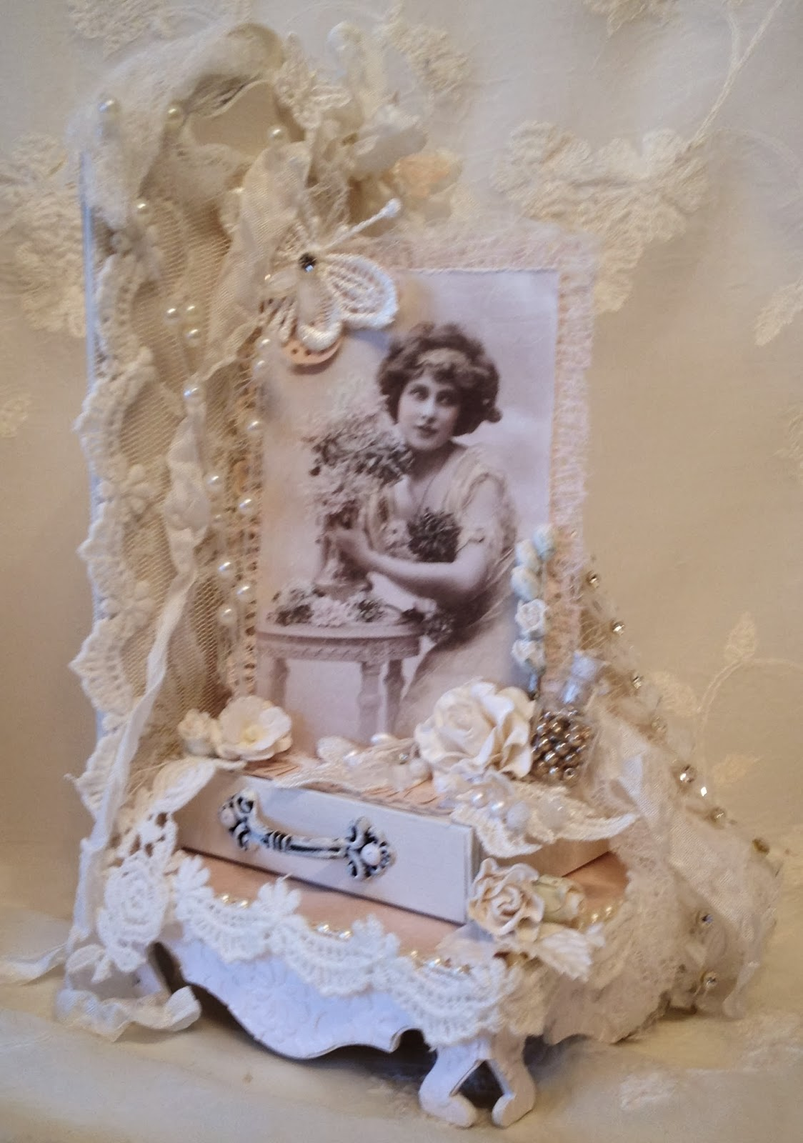 Annes Papercreations Shabby Chic Romantic Bookends With
