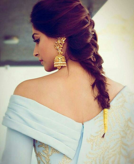 Mehndi Hairstyles: 30 Easy Hairstyles For Your Mehndi Ceremony